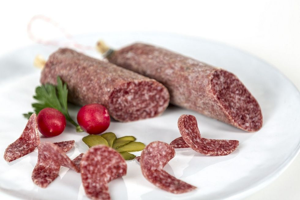 100g Salami Wurstspezialitäten